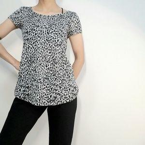 6.99 Ship Tricot Animal Print Top Short Sleeve